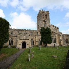 Thame Parish Church from South