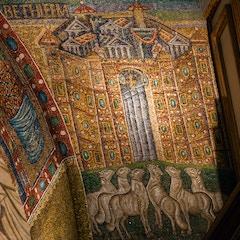 Triumphal Arch Mosaic (c. 435): Bethlehem