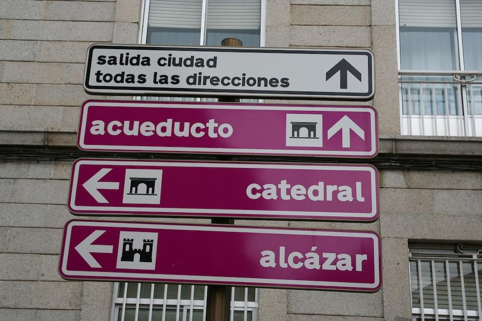 Segovia Signs
