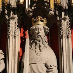 A Surprised-Looking King on Choir Screen