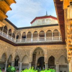 Courtyard of Real Alcazar