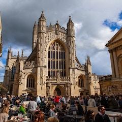Bath Abbey with Crowds(Bath, England)