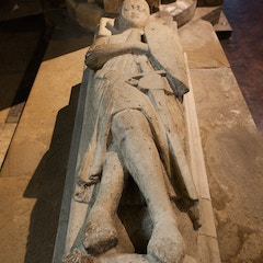 Selby Abbey: Tomb of a Crusader