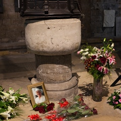 Selby Abbey: Font