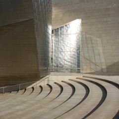 Guggenheim Bilbao entryway