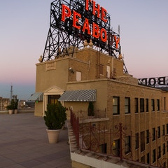 Peabody Hotel Sign